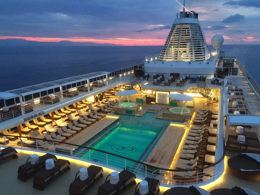 Extravagance World Cruises for Those Who like to Travel in Style